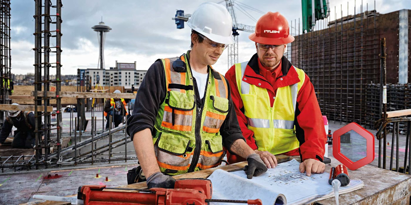 Hilti account managers provide support at the office and on-site